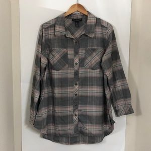 LOVE & LEGEND size 16 plaid button up pink grey
